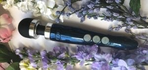 Doxy Number 3R review flowers featured